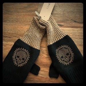 Skull  gloves - NWT, metallic accents
